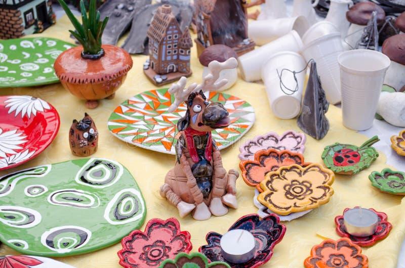 逗人喜爱的陶瓷手工制造香炉麋烟鼻子 库存图片