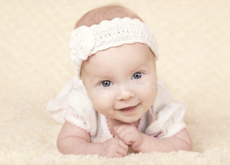 逗人喜爱的婴孩画象 免版税库存图片
