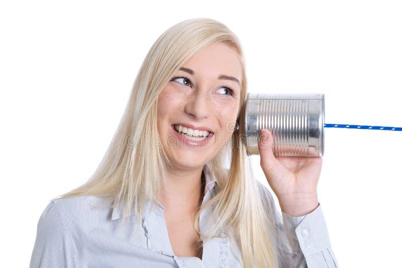 通信或广告概念:年轻微笑的被隔绝的wom 库存照片