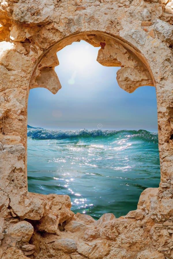 通入的抽象图象向作为欲望的标志的海在手段的一暑假 库存图片