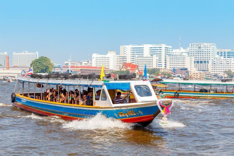 通勤者小船在曼谷,泰国 免版税库存图片