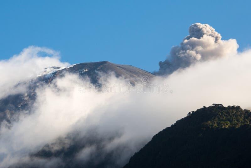 通古拉瓦火山火山,厄瓜多尔 图库摄影