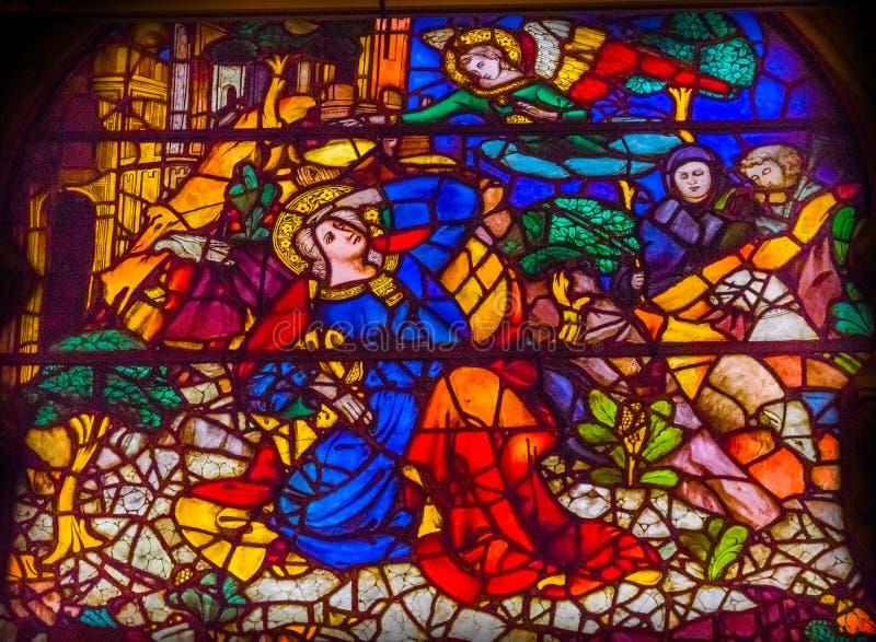 通告玛丽天使污迹玻璃窗Orsanmichele教会 库存照片