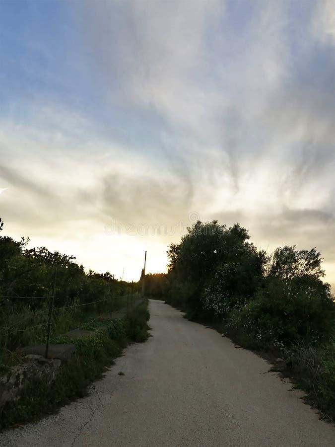 通往伟大的天堂的一个道路 免版税库存图片