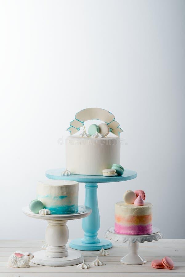 通心面甜点和精妙的蛋糕 库存图片