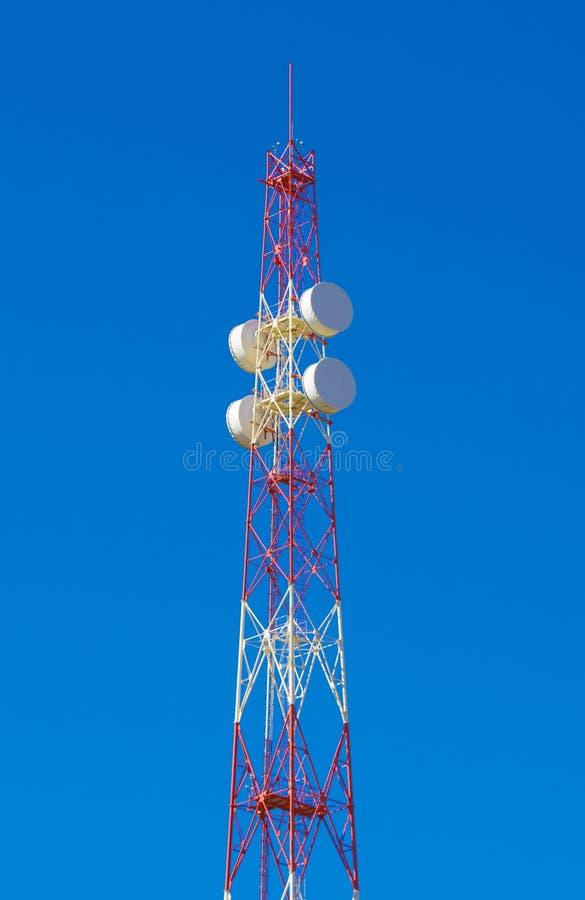 通讯台通信 电话接线和上网 链接4G LTE 5G 图库摄影
