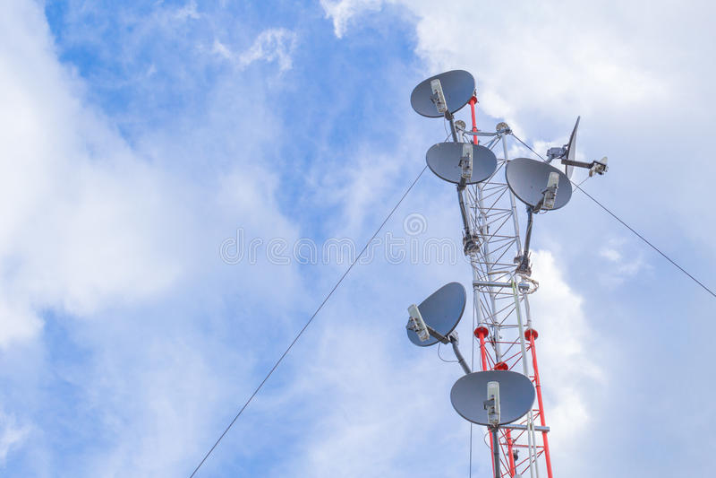 通讯台,大功率wifi天线岗位热点长距离 免版税库存照片
