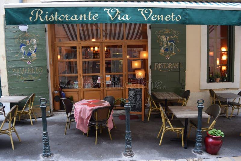 通过威尼托餐馆,云香Griffon,艾克斯普罗旺斯, Bouches du罗讷,法国 库存照片