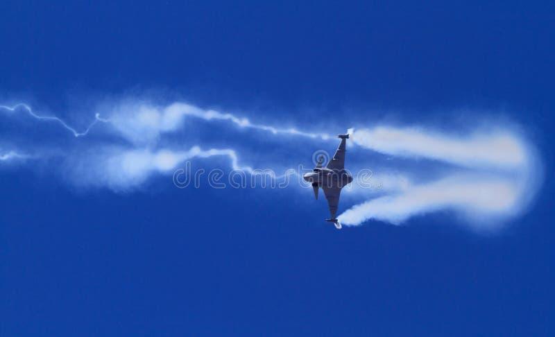 通过迅速移动的航空器战斗机 库存图片
