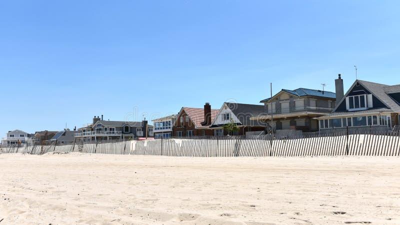 通风点回家女王/王后纽约沿海地带私有海滩 免版税库存照片