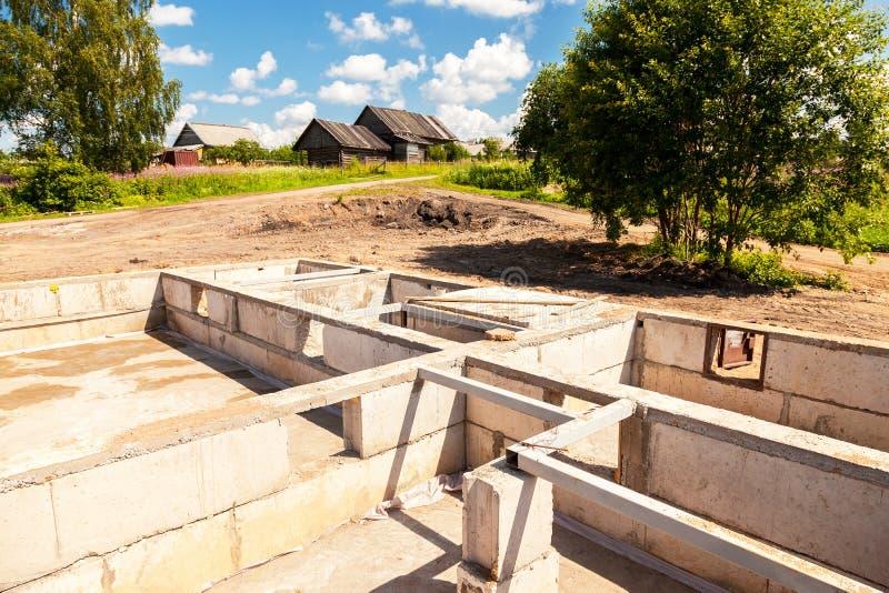 建造场所和房子基础看法  库存照片