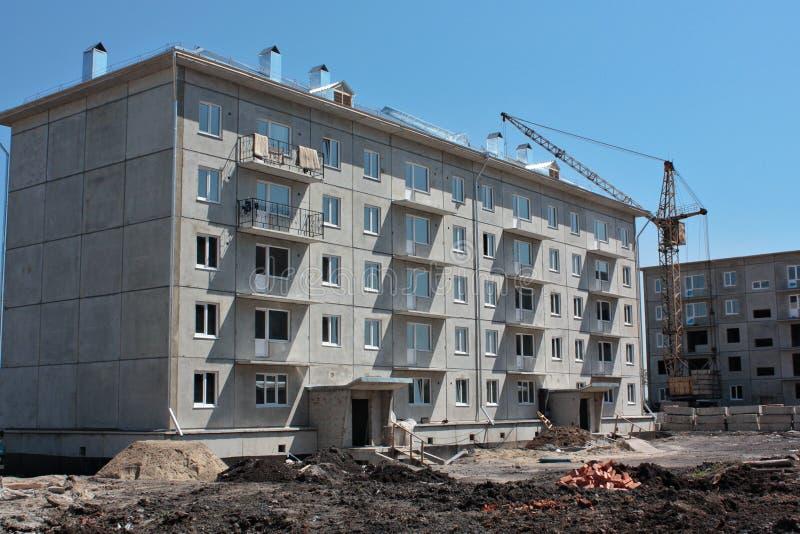 建造场所预制的房子 免版税库存照片