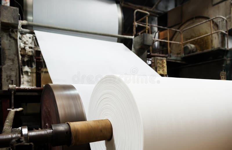 造纸厂机器 库存照片