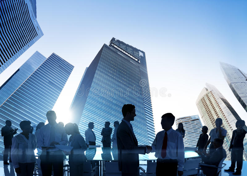 遇见会议研讨会的商人分享浓缩的战略 图库摄影
