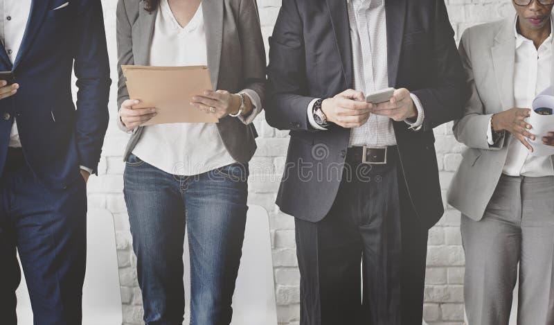 遇见公司数字式设备连接的商人浓缩 库存图片