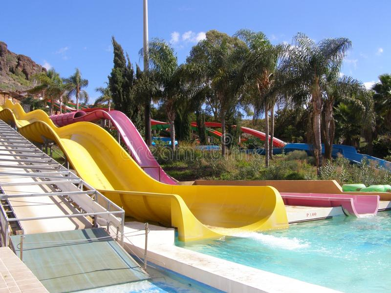 水滑道在Aqualand, Maspalomas 免版税库存图片