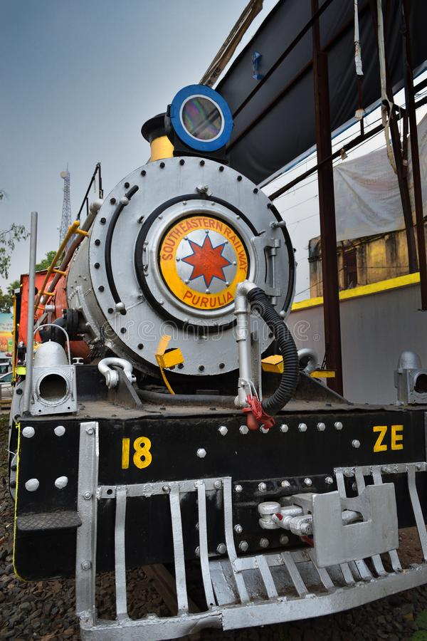 遗产普鲁利耶女王/王后火车,制造在巴黎,在1948年,在1953年委任在印度 库存图片
