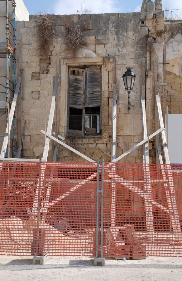 遗弃大厦,莱切 免版税图库摄影