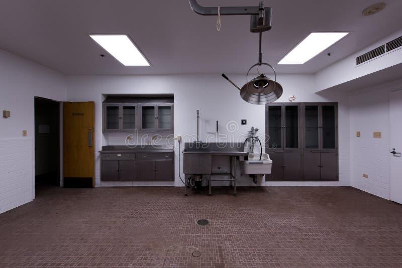 遗弃太平间-被放弃的退伍军人医院-匹兹堡,宾夕法尼亚 免版税库存图片