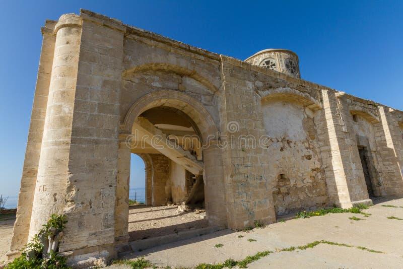 遗弃贴水乔治斯教会,在Davlos,塞浦路斯 免版税库存图片