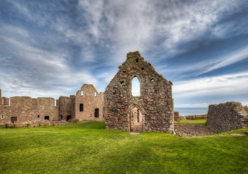 邓诺特城堡 靠近阿伯丁 — 英国 库存照片