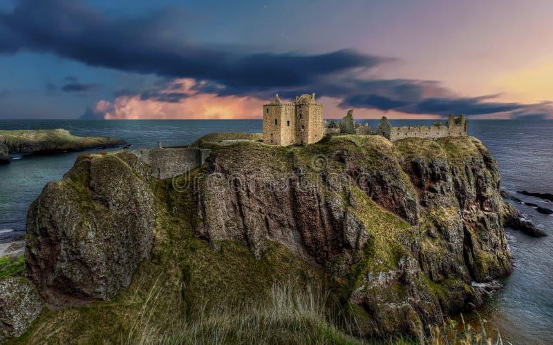 邓诺特城堡 靠近阿伯丁 — 英国 免版税库存照片