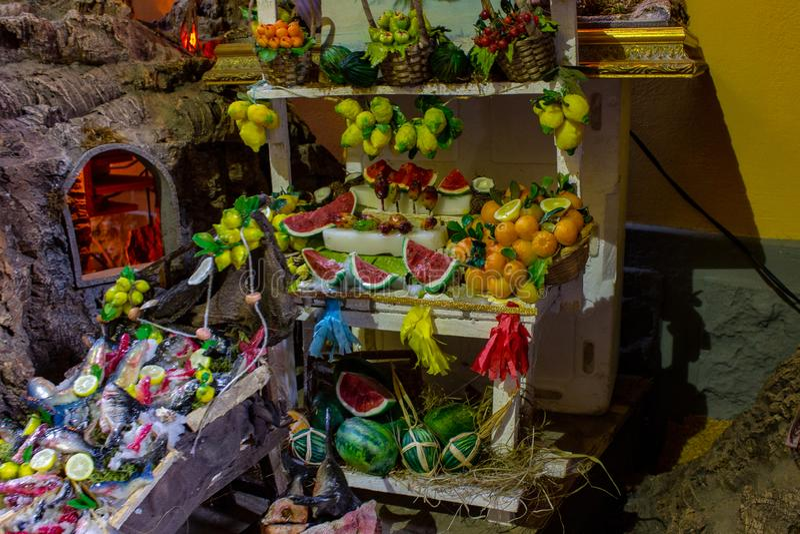 那不勒斯,圣格雷戈里奥阿尔梅诺在那不勒斯的小儿床的果子宴会 03/11/2018 免版税库存照片