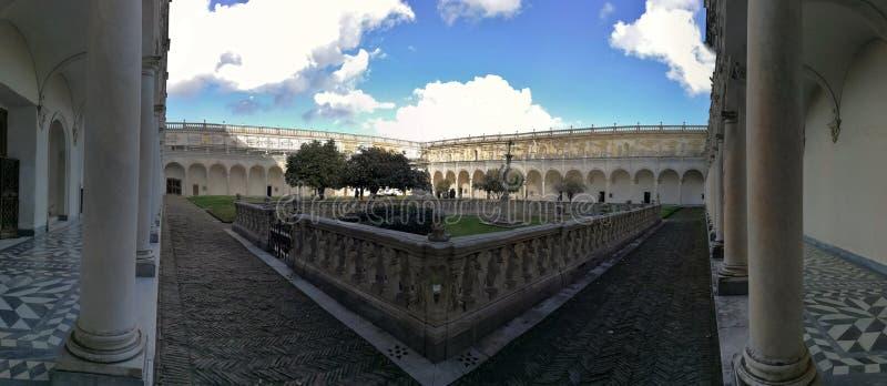 那不勒斯- Carthusians的公墓概要 免版税库存照片