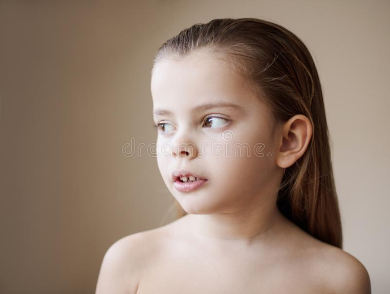 那么美丽的矮小的夫人 库存照片