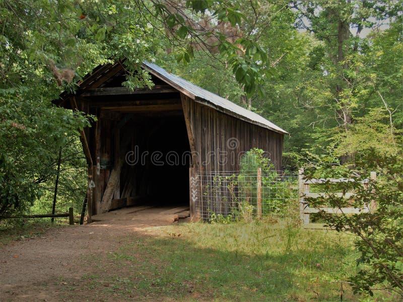 邦克山被遮盖的桥 库存图片