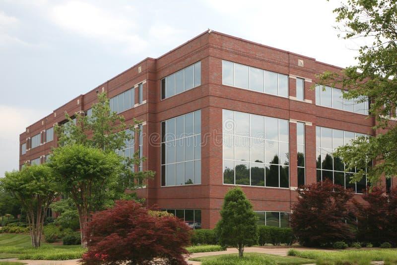 郊区大厦的办公室 免版税库存图片