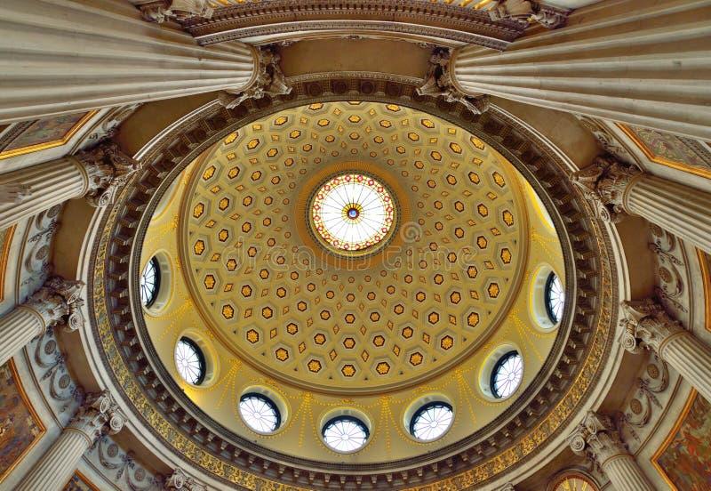 都伯林市政厅圆顶天花板 库存图片