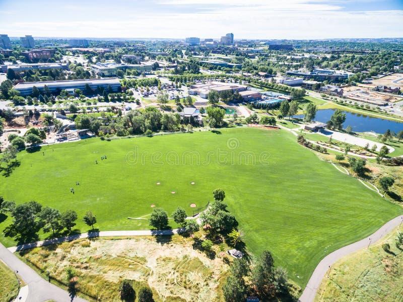 Download 都市公园 图库摄影片. 图片 包括有 结算, 亚马逊, 眼睛, 住宅, 布琼布拉, 时髦, 降低, 丹佛 - 59108542