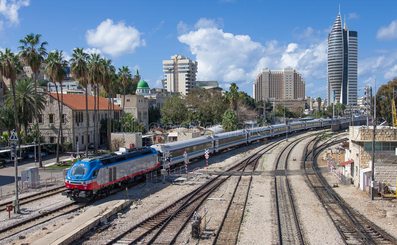 都市场面在海法-以色列 免版税库存照片