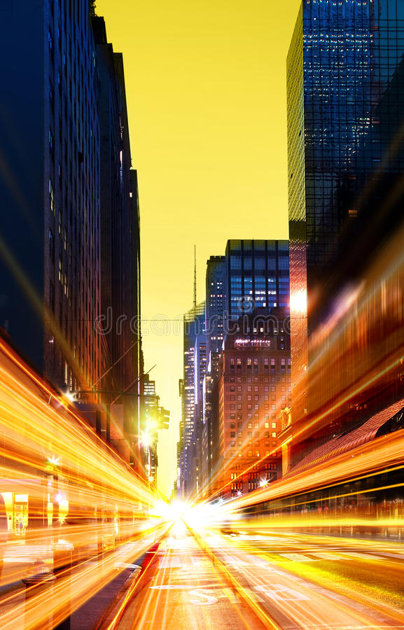 都市城市现代的夜间 免版税库存图片