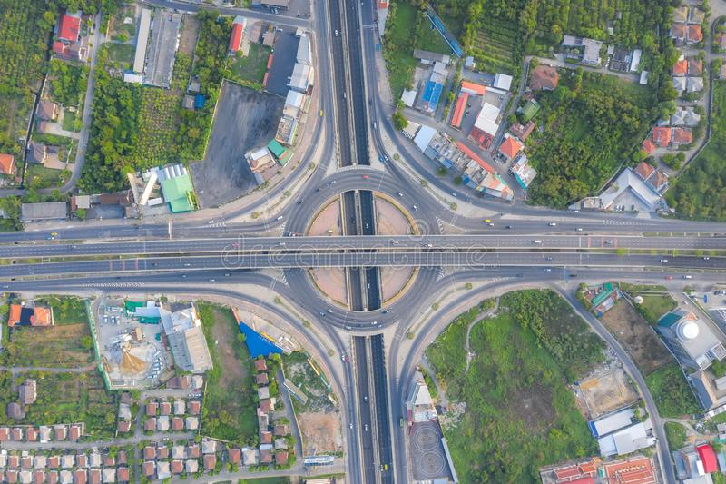 都市城市,曼谷,泰国高速公路连接点顶视图鸟瞰图  库存图片