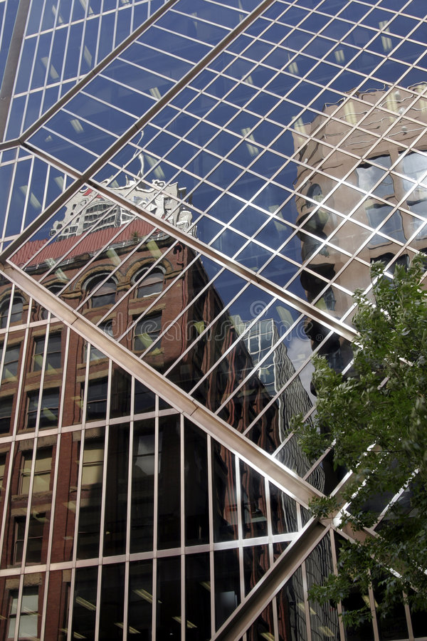 都市大厦的门面 免版税库存图片