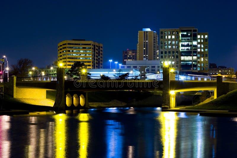 都市的反映 免版税图库摄影