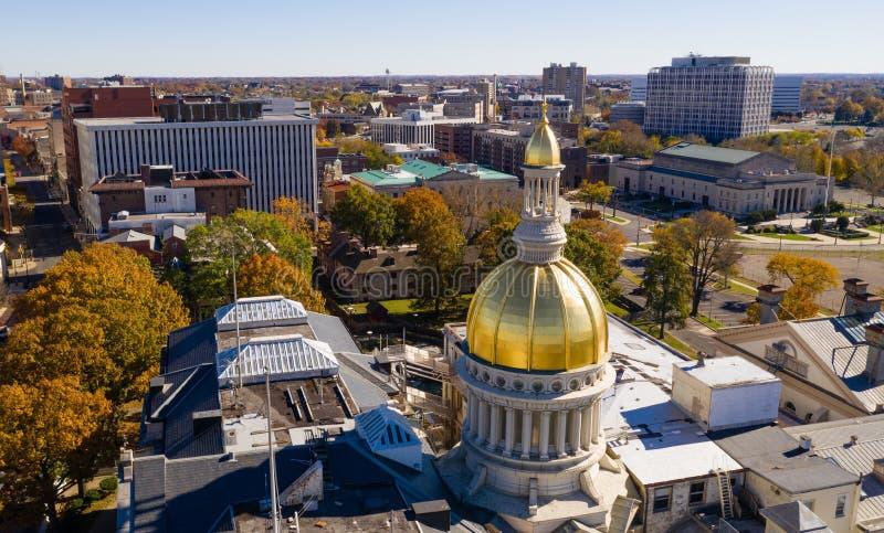 都市街市城市地平线特伦顿新泽西国家资本 库存图片