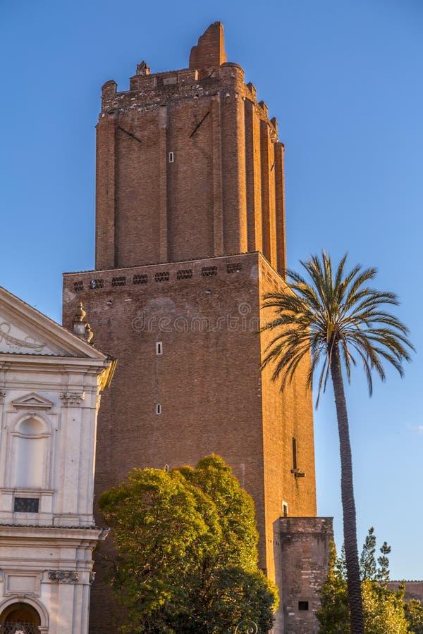 都市风景和普通建筑学从罗马,意大利首都 库存照片