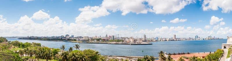 都市风景的全景在哈瓦那,古巴 图库摄影