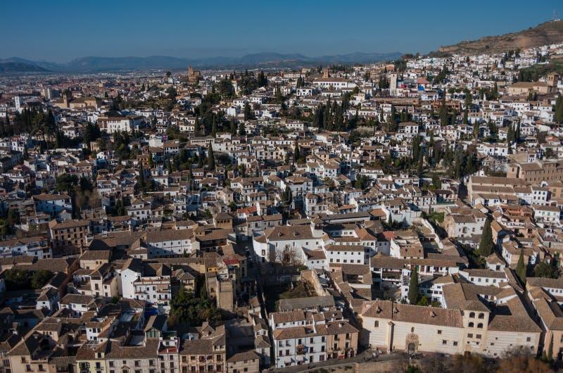 都市风景 格拉纳达老市全景视图从Alham塔的  免版税库存图片