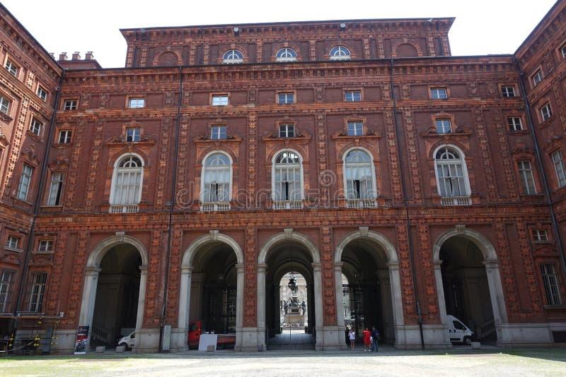 都灵Palazzo卡里尼亚诺,卡里尼亚诺宫殿 免版税库存图片
