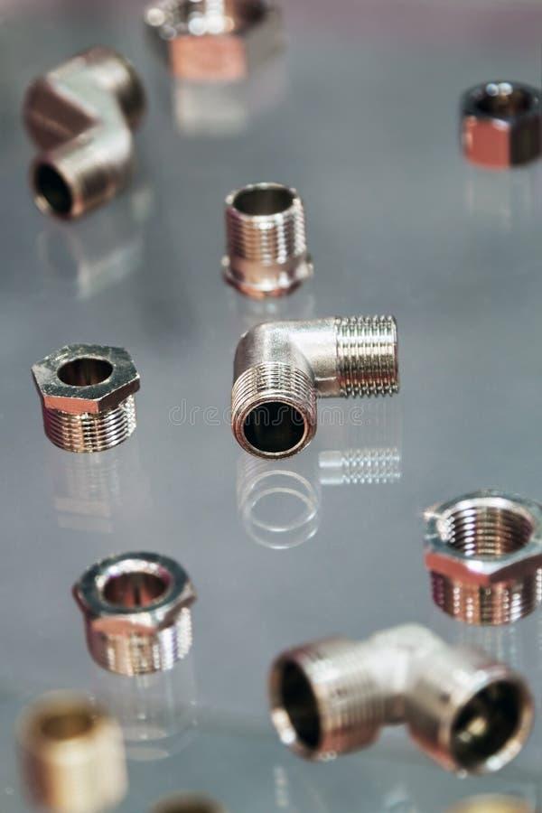 配件和阀门、管子和适配器 免版税图库摄影