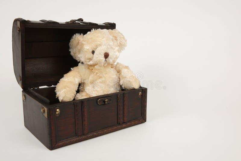 配件箱和女用连杉衬裤 免版税库存照片