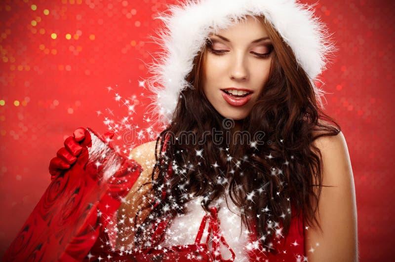 配件箱圣诞节礼品妇女 免版税库存照片