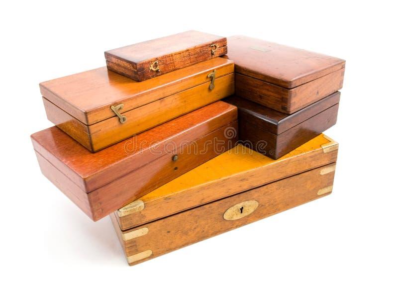 配件箱查出的木头 免版税库存照片