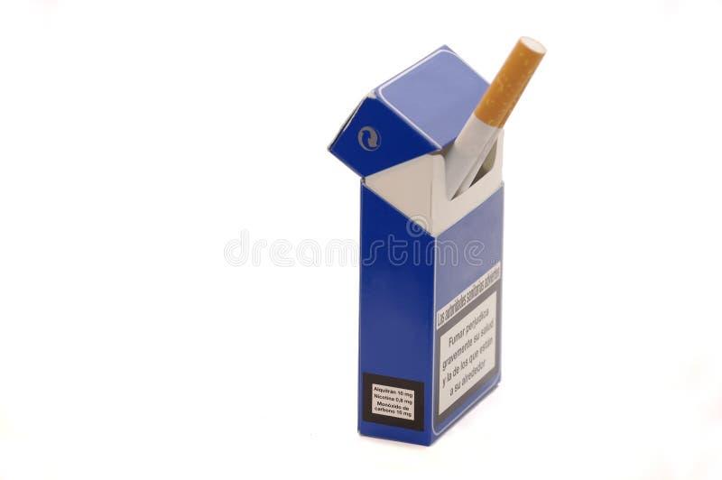 配件箱香烟烟草丝毫 库存图片
