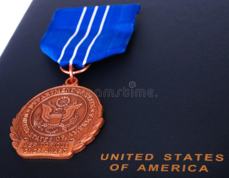 配受奖赏证书的荣誉称号 免版税图库摄影