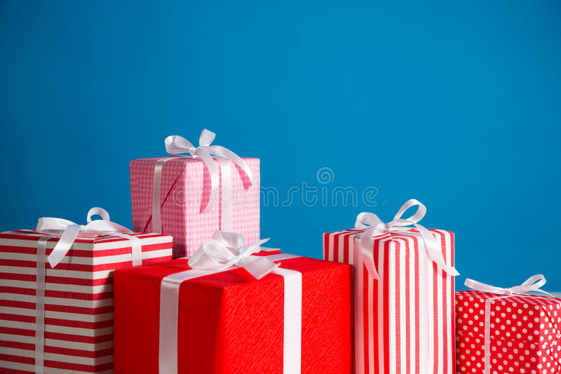 Download 配件箱检查礼品图象类似我的投资组合 库存例证. 插画 包括有 空白的, 愉快, 背包, 标签, 问候, 庆祝 - 62532978